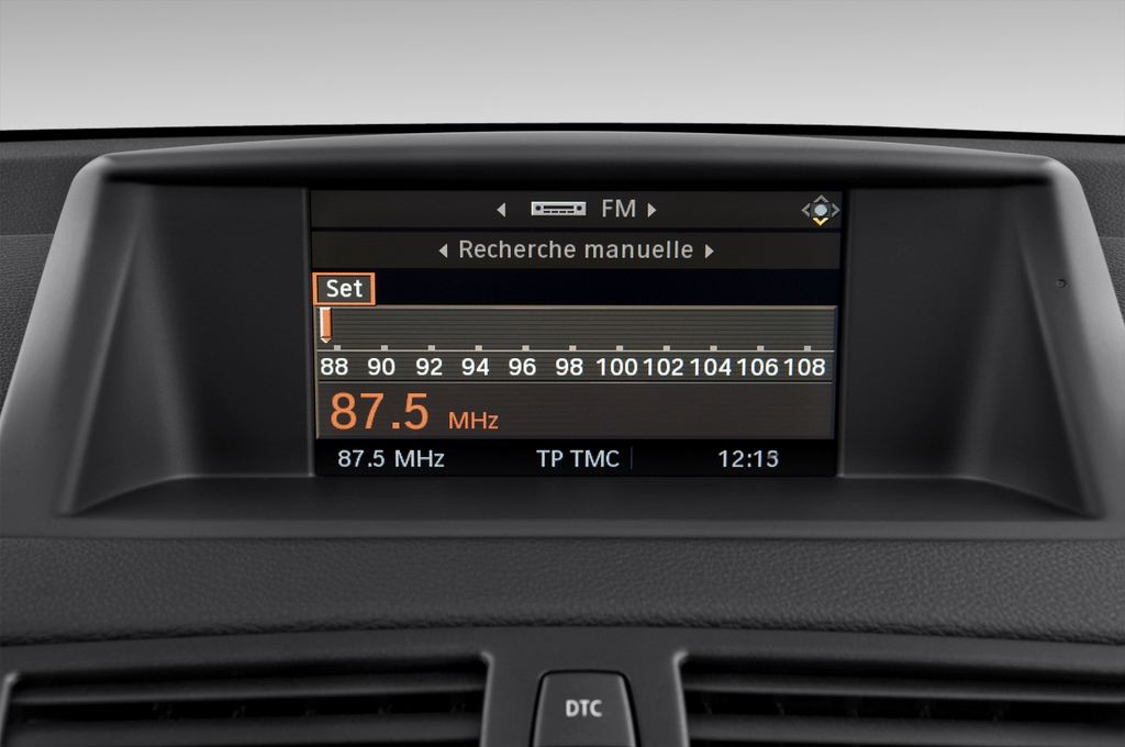 BMW 1er 123d Kompaktklasse (2004 - 2013) 3 Türen Radio und Infotainmentsystem