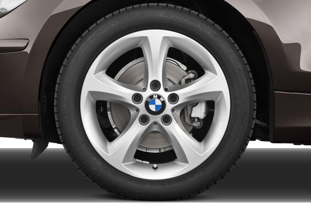 BMW 1er 130i Kompaktklasse (2004 - 2013) 5 Türen Reifen und Felge
