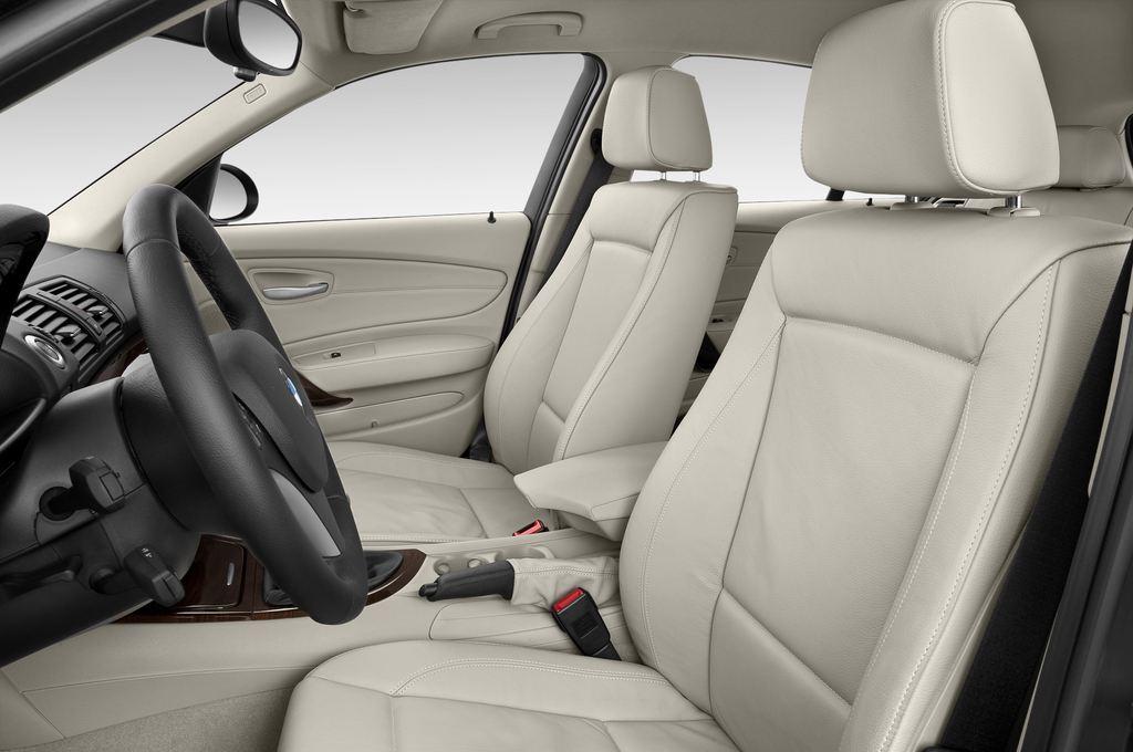 BMW 1er 130i Kompaktklasse (2004 - 2013) 5 Türen Vordersitze