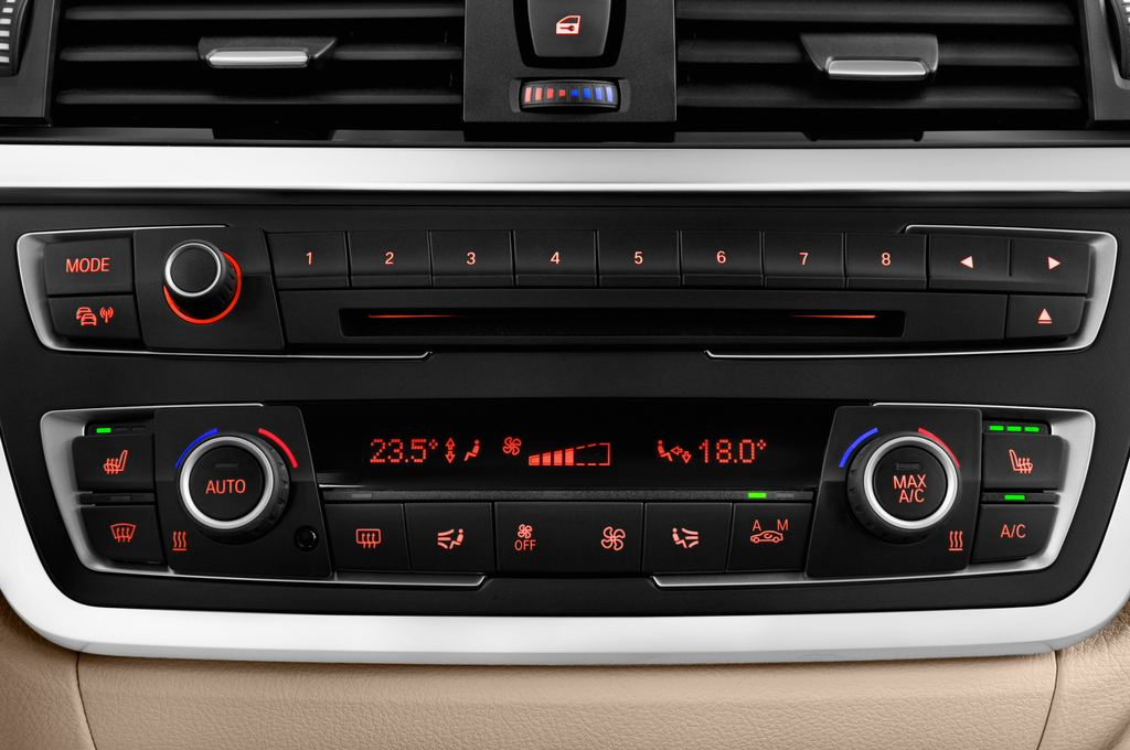 BMW 3er GT Luxury Line Limousine (2013 - heute) 5 Türen Temperatur und Klimaanlage