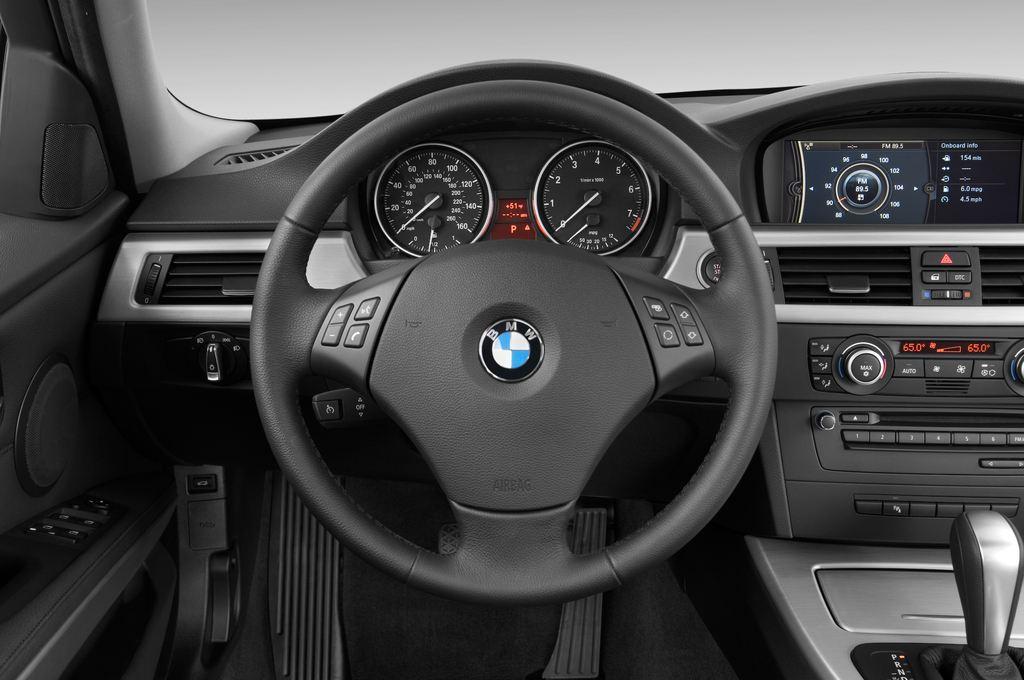 BMW 3er 325i Touring Kombi (2005 - 2013) 5 Türen Lenkrad