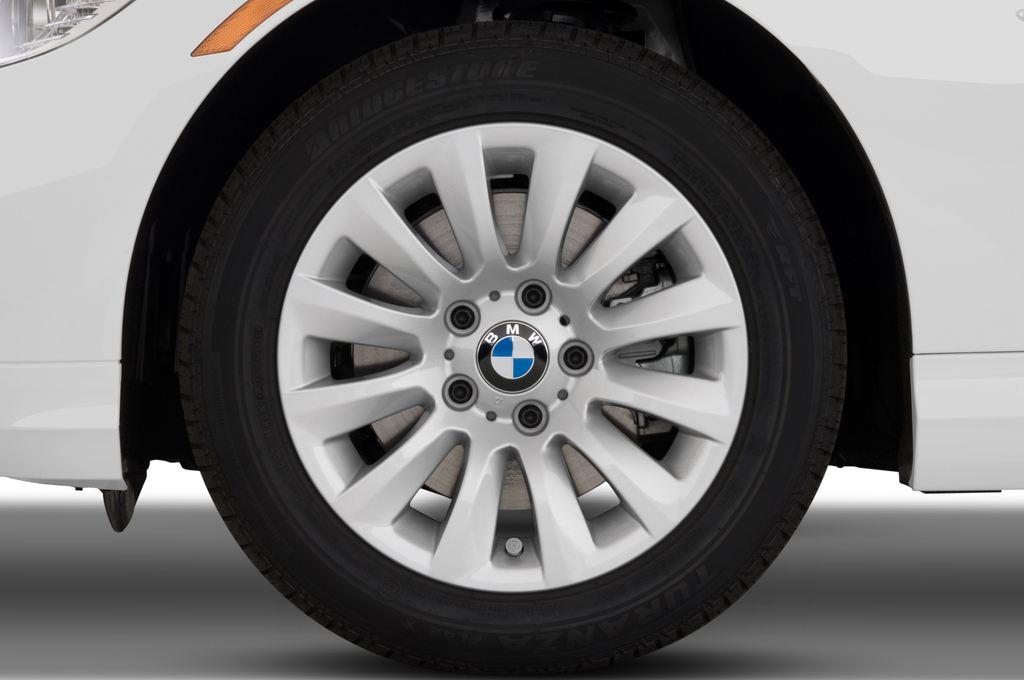 BMW 3er 325i Touring Kombi (2005 - 2013) 5 Türen Reifen und Felge