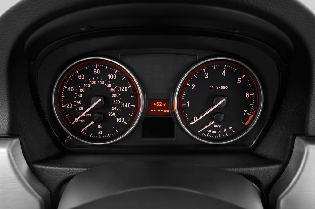 BMW 3er 325i Touring Kombi (2005 - 2013) 5 Türen Tacho und Fahrerinstrumente