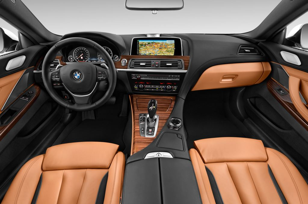 BMW 6er - Coupé (2011 - heute) 2 Türen Cockpit und Innenraum
