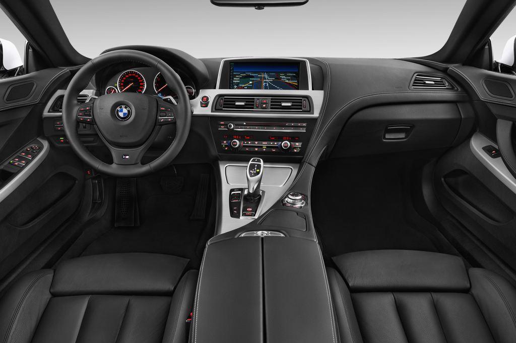 BMW 6er 640i Coupé (2011 - heute) 4 Türen Cockpit und Innenraum