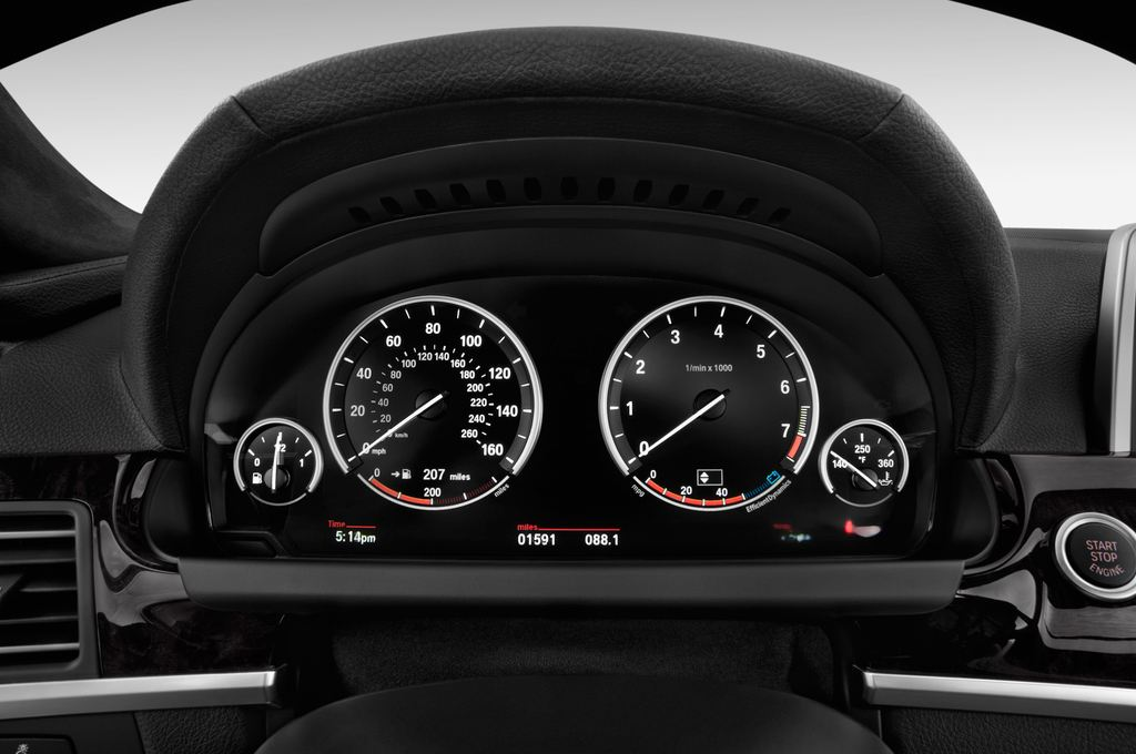 BMW 6er M Sportpaket Coupé (2011 - heute) 2 Türen Tacho und Fahrerinstrumente