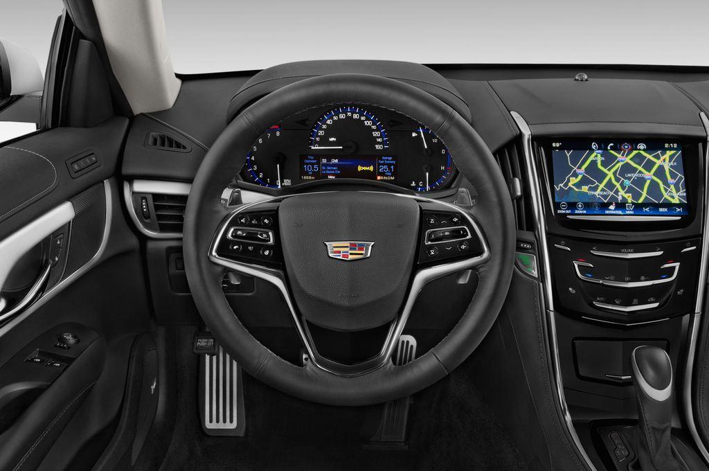 Cadillac ATS Premium Coupé (2014 - heute) 2 Türen Lenkrad