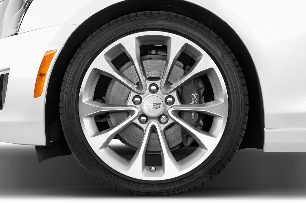 Cadillac ATS Premium Coupé (2014 - heute) 2 Türen Reifen und Felge