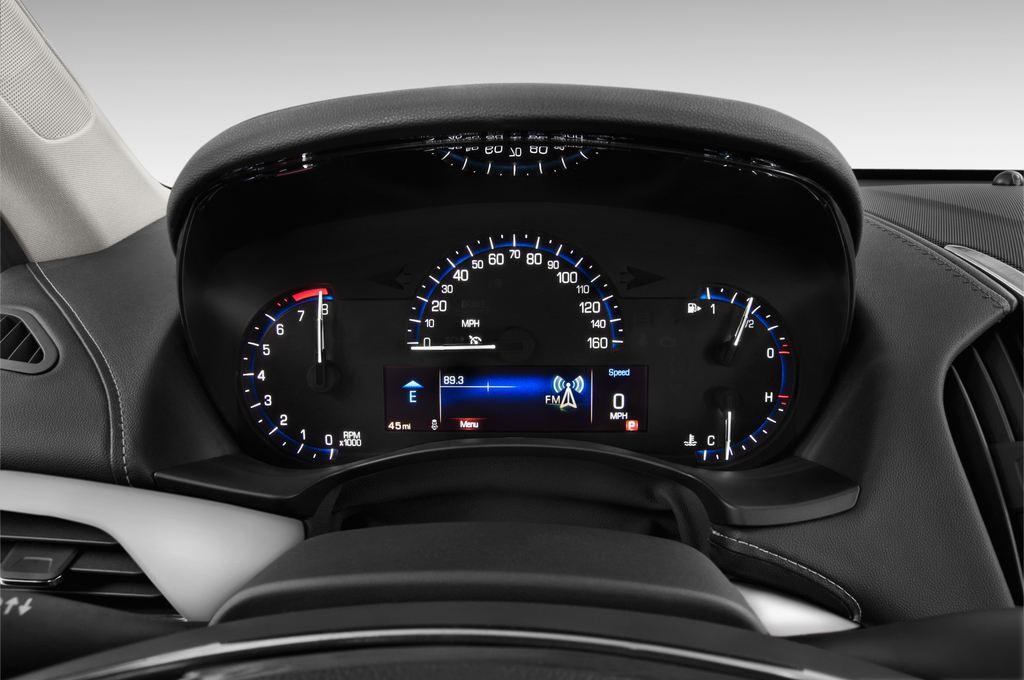 Cadillac ATS Premium Coupé (2014 - heute) 2 Türen Tacho und Fahrerinstrumente