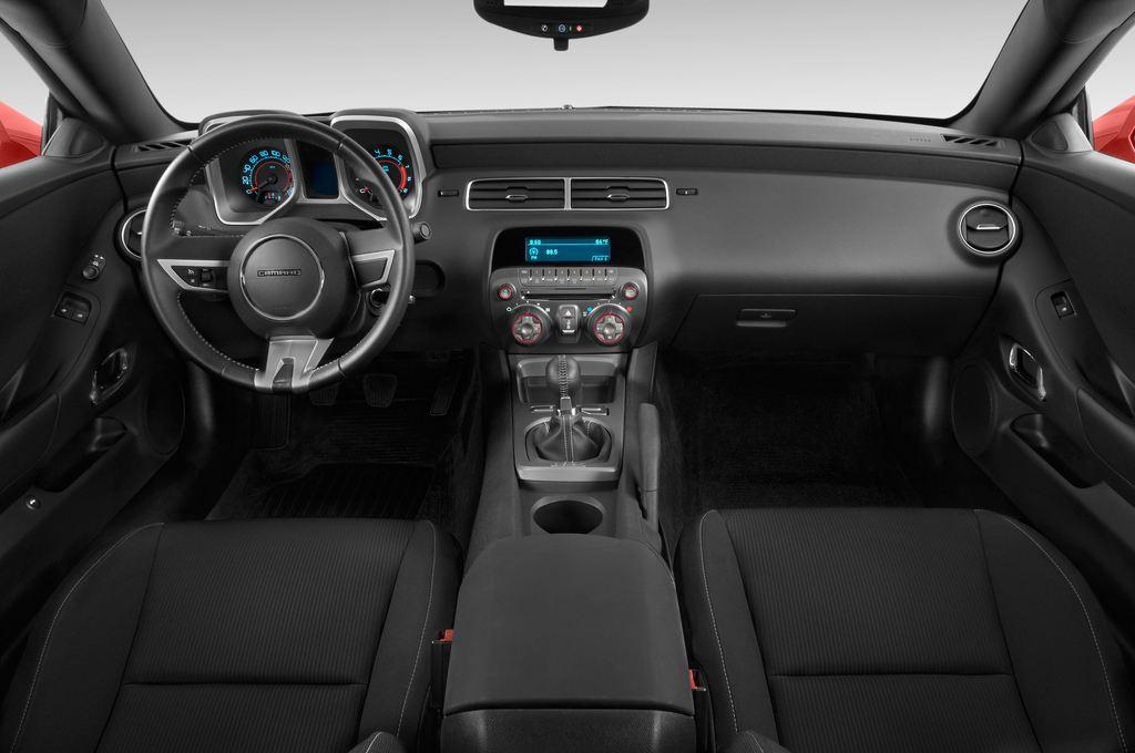 Chevrolet Camaro - Coupé (2009 - 2016) 2 Türen Cockpit und Innenraum