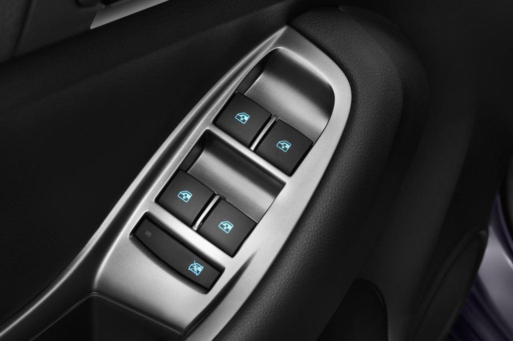 Chevrolet Orlando LTZ SUV (2010 - heute) 5 Türen Bedienungselemente Tür