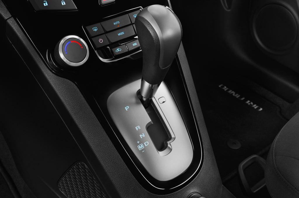 Chevrolet Orlando LTZ SUV (2010 - heute) 5 Türen Schalthebel