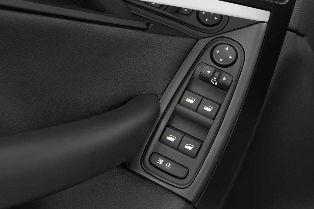 Citroen C4 Picasso Exclusive Van (2006 - 2013) 5 Türen Bedienungselemente Tür