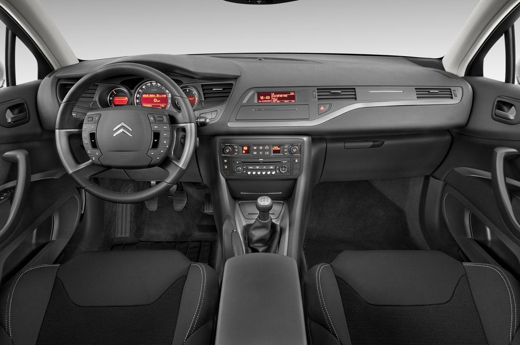 Citroen C5 VTR Plus Kombi (2008 - heute) 5 Türen Cockpit und Innenraum