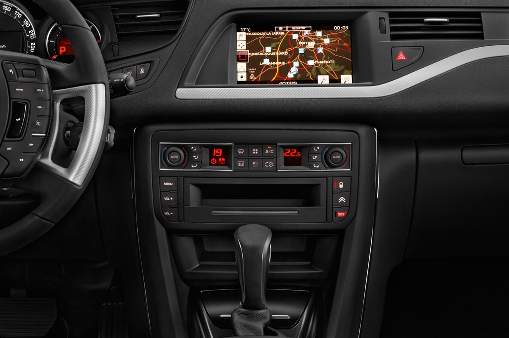 Citroen C5 Exclusive Kombi (2008 - heute) 5 Türen Mittelkonsole