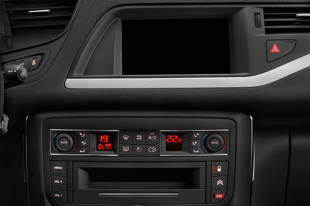 Citroen C5 XTR Kombi (2008 - heute) 5 Türen Radio und Infotainmentsystem