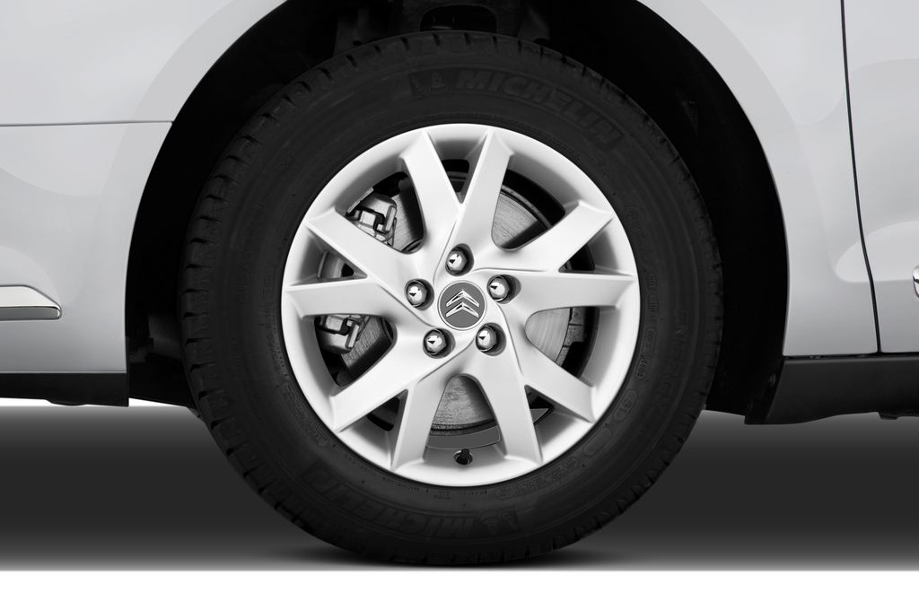 Citroen C5 VTR Plus Kombi (2008 - heute) 5 Türen Reifen und Felge