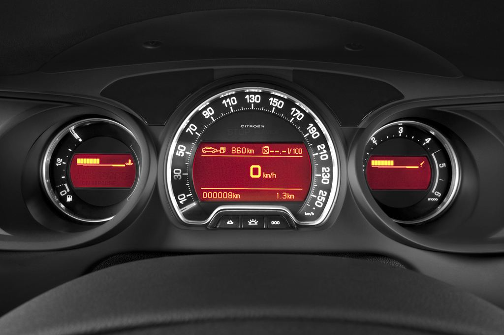 Citroen C5 VTR Plus Kombi (2008 - heute) 5 Türen Tacho und Fahrerinstrumente