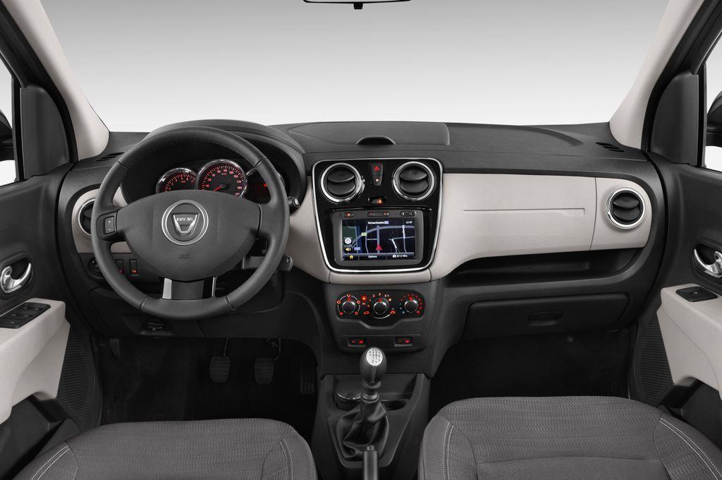 Dacia Lodgy Laur�ate Van (2012 - heute) 5 Türen Cockpit und Innenraum