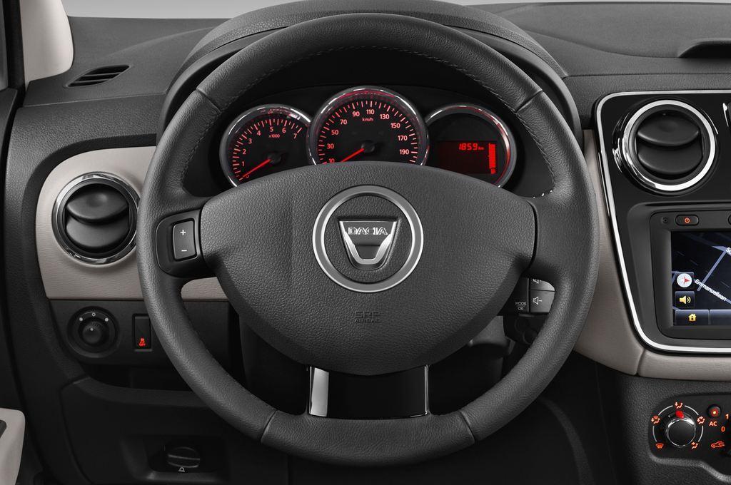 Dacia Lodgy Laur�ate Van (2012 - heute) 5 Türen Lenkrad