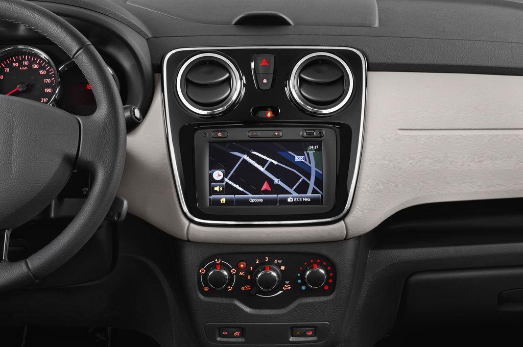 Dacia Lodgy Laur�ate Van (2012 - heute) 5 Türen Mittelkonsole