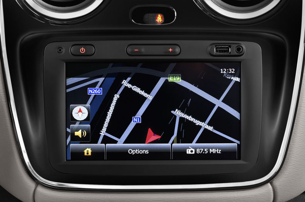 Dacia Lodgy Laur�ate Van (2012 - heute) 5 Türen Radio und Infotainmentsystem