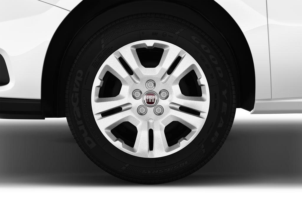 Fiat Doblo Basis Transporter (2010 - heute) 4 Türen Reifen und Felge