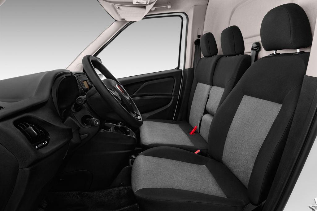 Fiat Doblo Basis Transporter (2010 - heute) 4 Türen Vordersitze