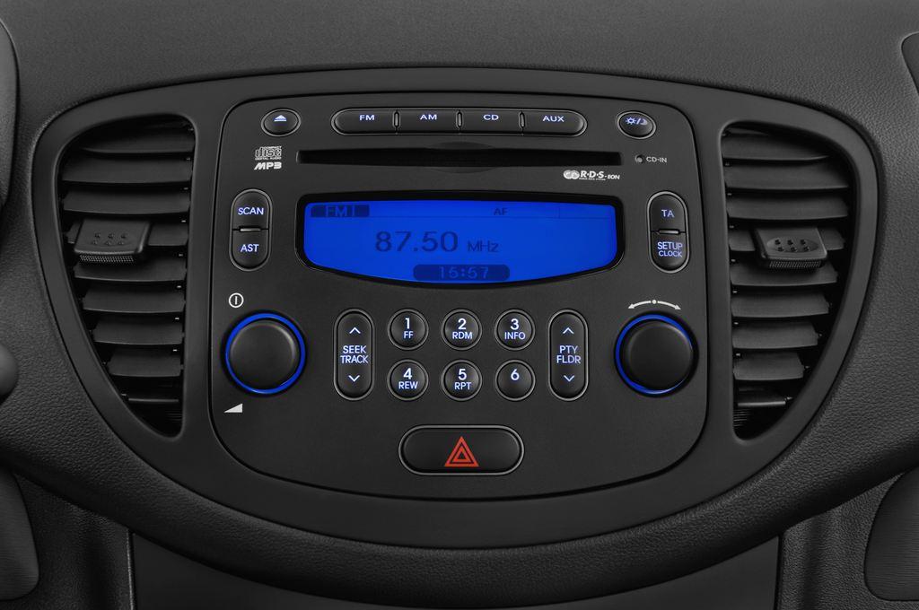 Hyundai i10 Classic Kleinwagen (2008 - 2013) 5 Türen Radio und Infotainmentsystem