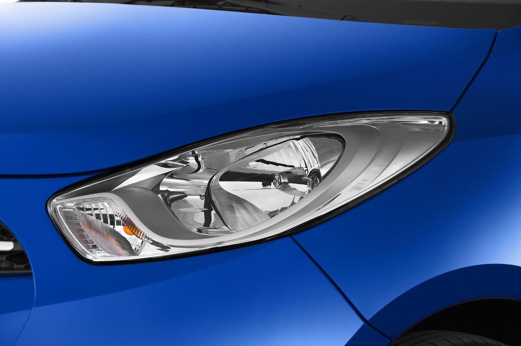 Hyundai i10 Classic Kleinwagen (2008 - 2013) 5 Türen Scheinwerfer