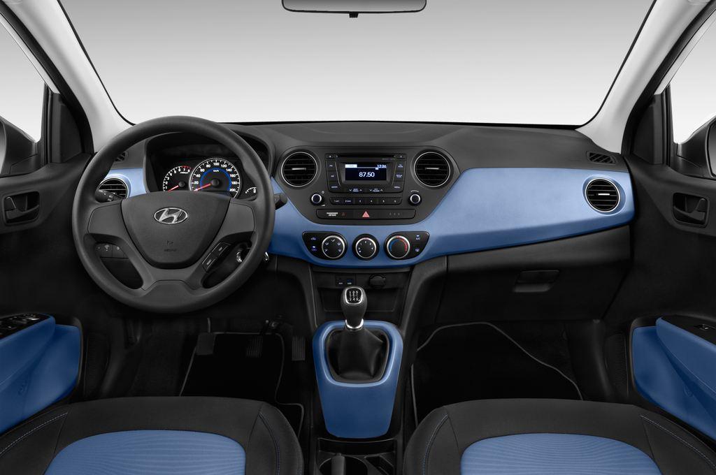 Hyundai i10 TREND Kleinwagen (2013 - heute) 5 Türen Cockpit und Innenraum