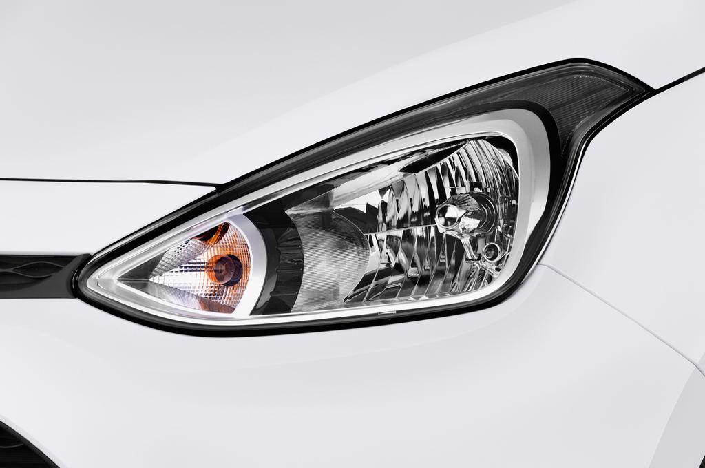 Hyundai i10 TREND Kleinwagen (2013 - heute) 5 Türen Scheinwerfer