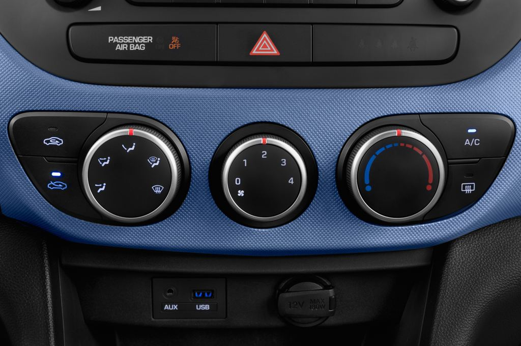 Hyundai i10 TREND Kleinwagen (2013 - heute) 5 Türen Temperatur und Klimaanlage