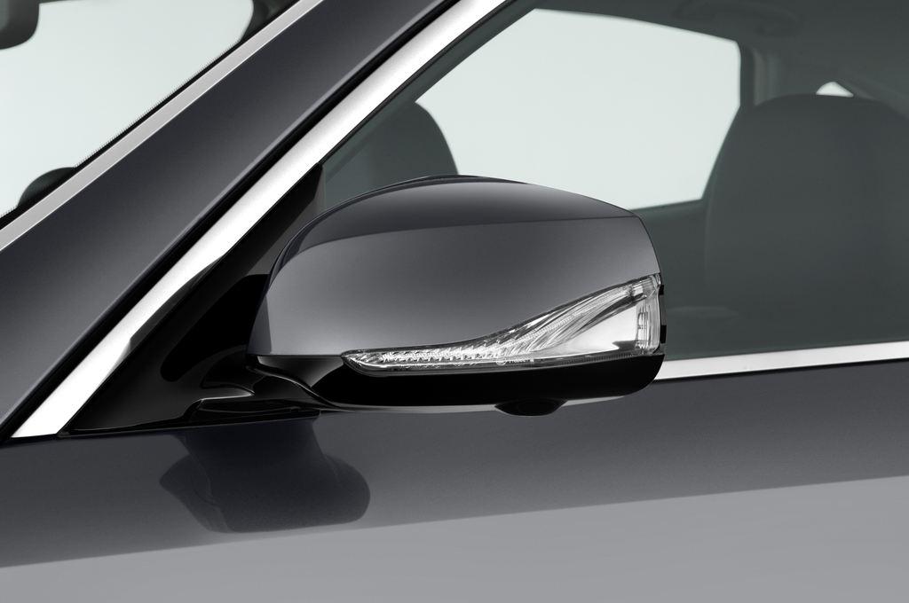 Infiniti Q70 3.7 V6 7At Limousine (2013 - heute) 4 Türen Außenspiegel