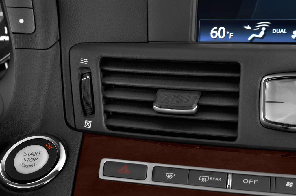 Infiniti Q70 Sport Tech Limousine (2013 - heute) 4 Türen Lüftung