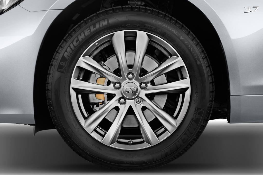 Infiniti Q70 Sport Tech Limousine (2013 - heute) 4 Türen Reifen und Felge