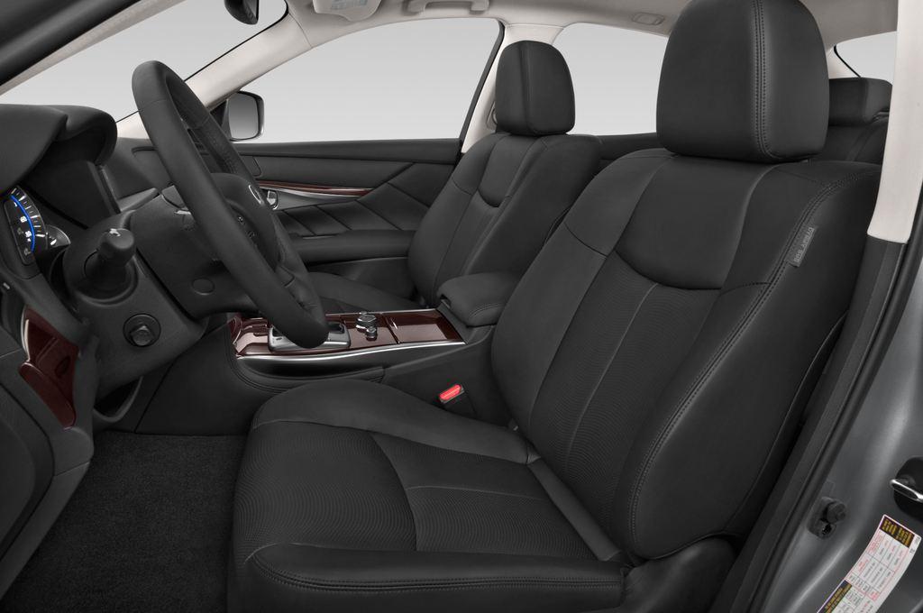 Infiniti Q70 Sport Tech Limousine (2013 - heute) 4 Türen Vordersitze