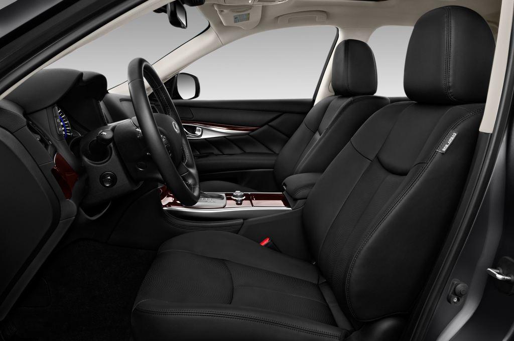 Infiniti Q70 Premium Limousine (2013 - heute) 4 Türen Vordersitze