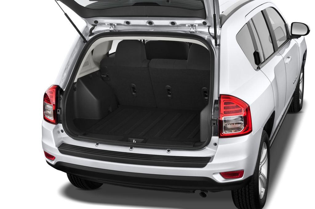 Jeep Compass Sport SUV (2007 - 2016) 5 Türen Kofferraum