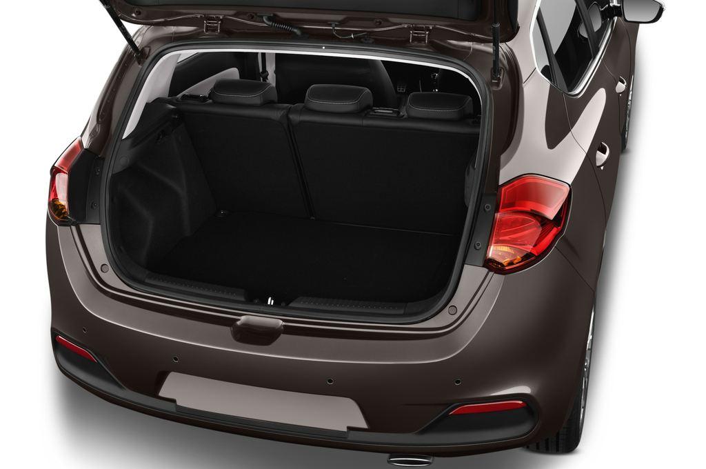 Kia Ceed Spirit Kompaktklasse (2012 - heute) 5 Türen Kofferraum