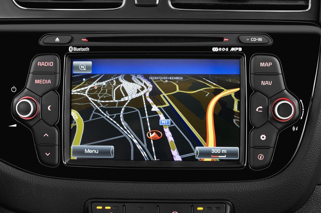 Kia Ceed Spirit Kompaktklasse (2012 - heute) 5 Türen Radio und Infotainmentsystem