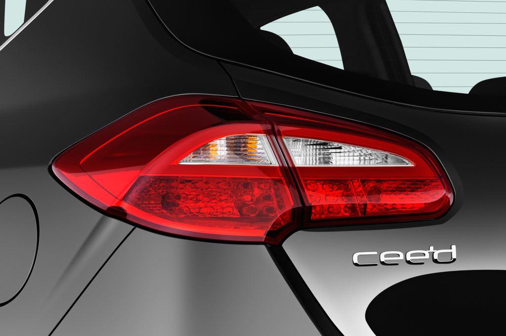 Kia Ceed Platinum Edition Kompaktklasse (2012 - heute) 5 Türen Rücklicht