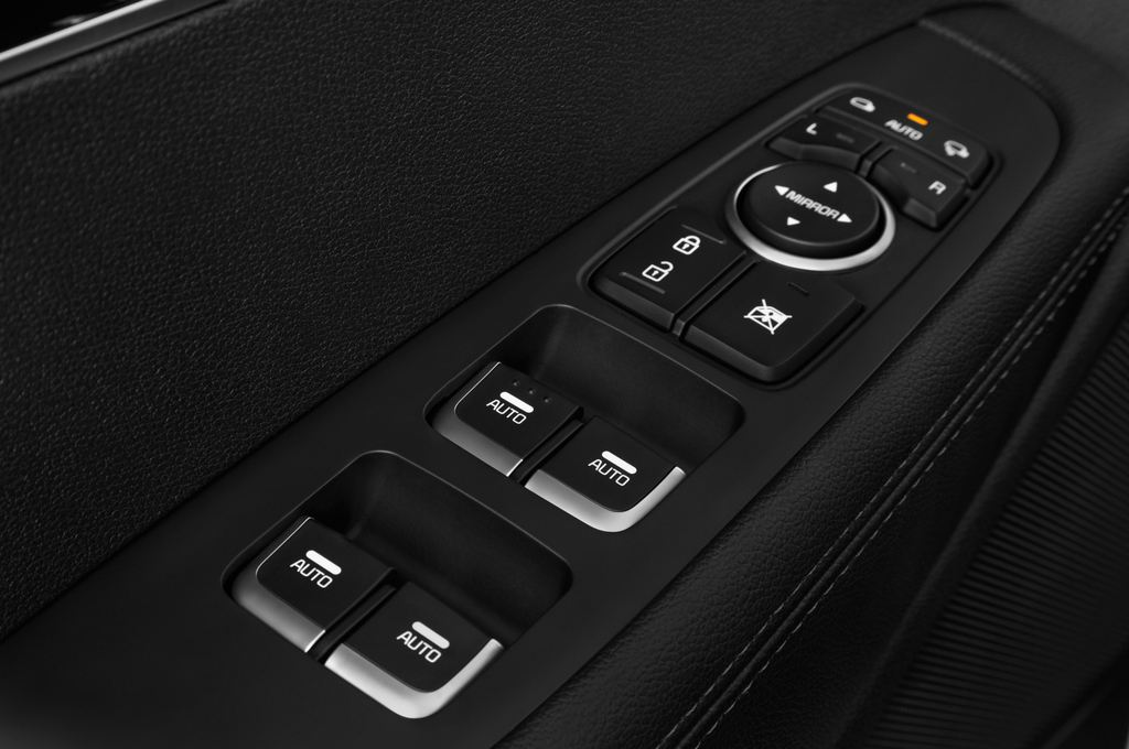 Kia Sorento Spirit SUV (2015 - heute) 5 Türen Bedienungselemente Tür