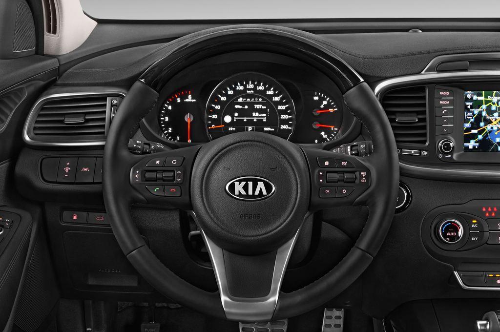 Kia Sorento Spirit SUV (2015 - heute) 5 Türen Lenkrad