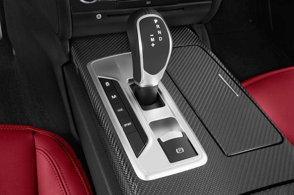 Maserati Ghibli S Q4 Limousine (2013 - heute) 4 Türen Schalthebel