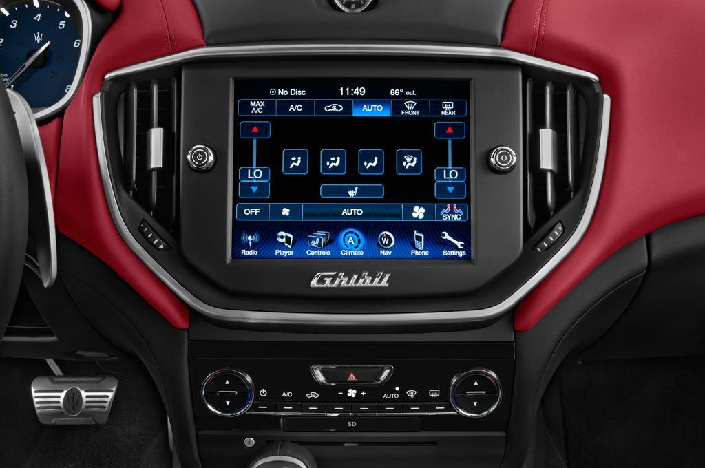 Maserati Ghibli S Q4 Limousine (2013 - heute) 4 Türen Temperatur und Klimaanlage