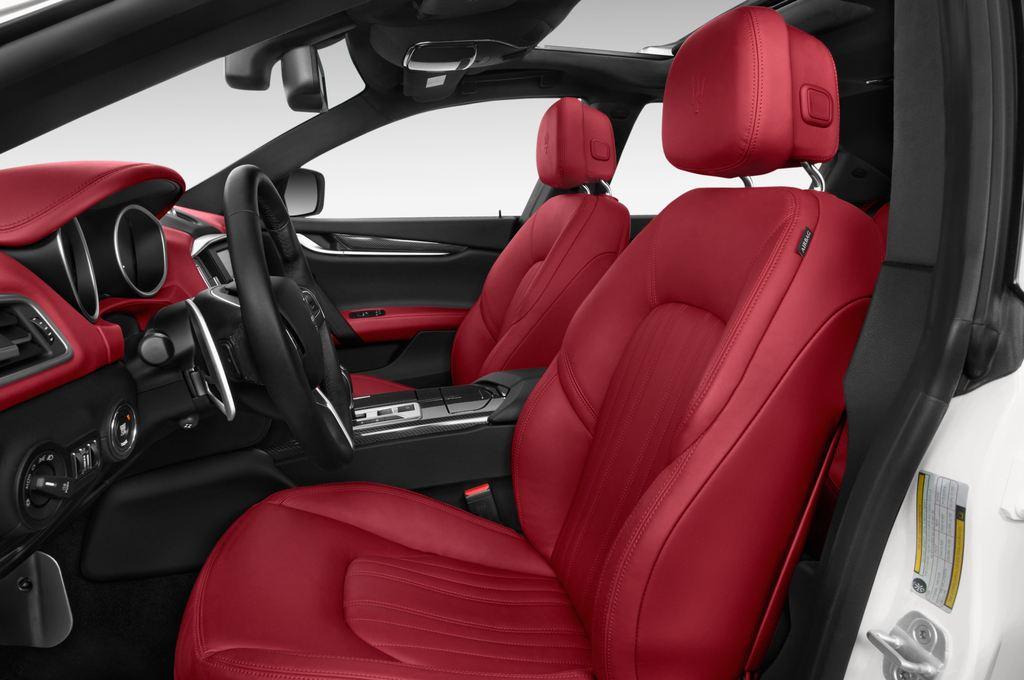 Maserati Ghibli S Q4 Limousine (2013 - heute) 4 Türen Vordersitze