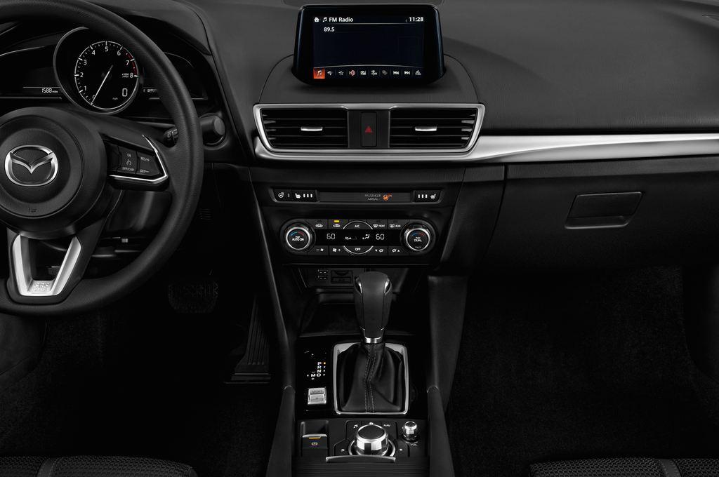 Mazda 3 Center-Line Kompaktklasse (2013 - heute) 4 Türen Mittelkonsole