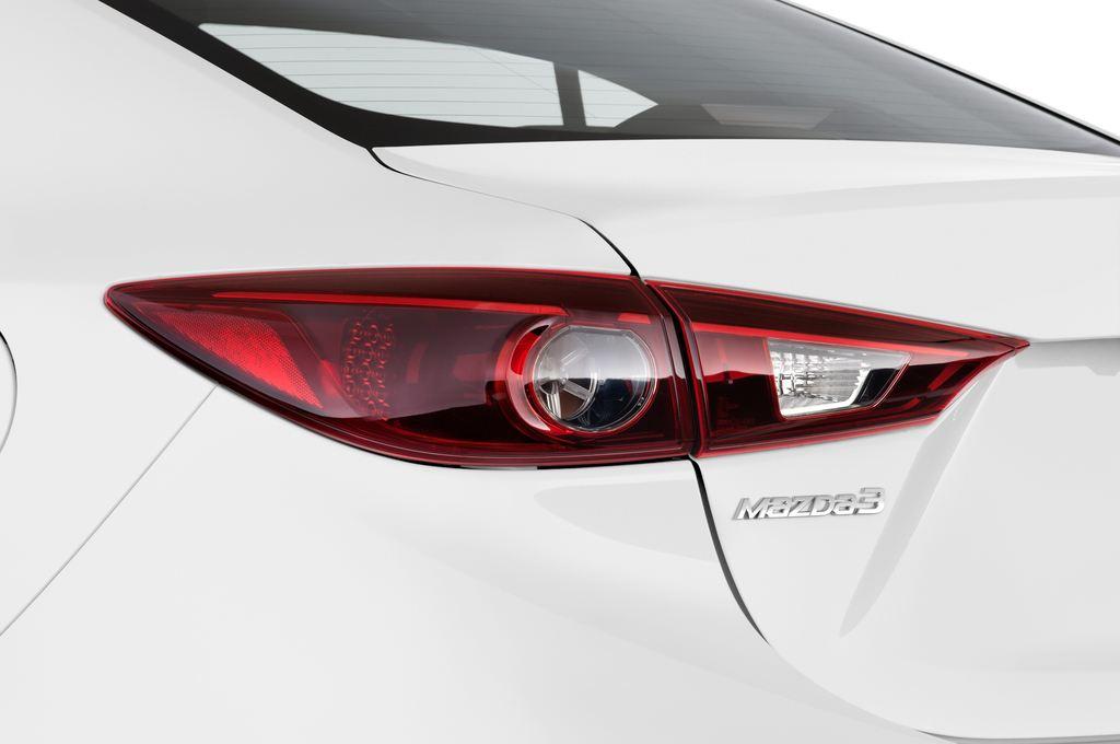 Mazda 3 Sports-Line Kompaktklasse (2013 - heute) 4 Türen Rücklicht