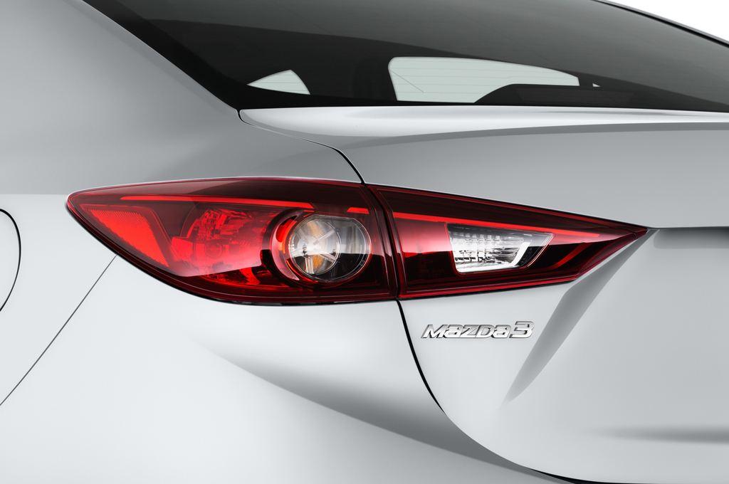 Mazda 3 Center-Line Kompaktklasse (2013 - heute) 4 Türen Rücklicht